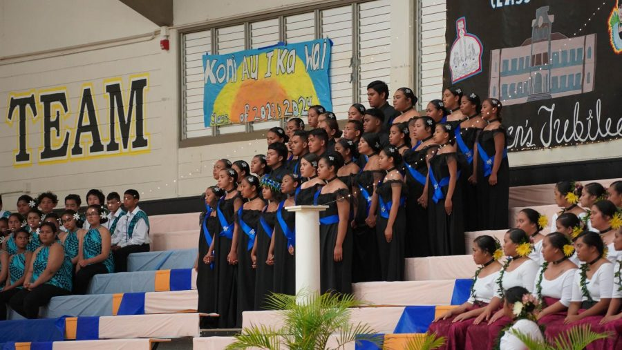 The Sophomore class performs Queens Jubilee.
